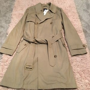 Timeless Gap Trench Coat NWT